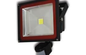 LED Flutlichtstrahler mit Bewegungsmelder